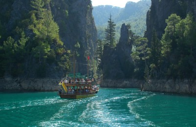 GREEN CANYON & DAM BOAT TOUR